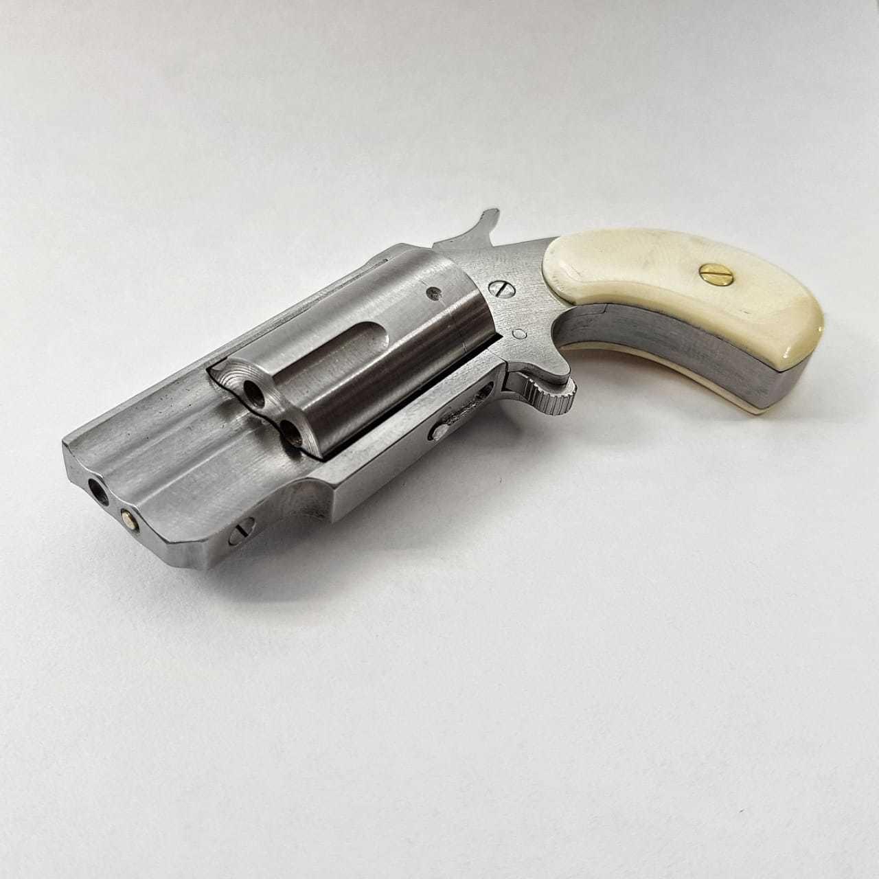NAA PUG revolver ����������� 1
